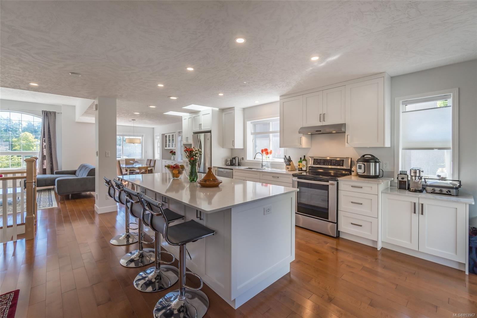 Main Photo: 3425 Planta Rd in : Na North Nanaimo House for sale (Nanaimo)  : MLS®# 853967