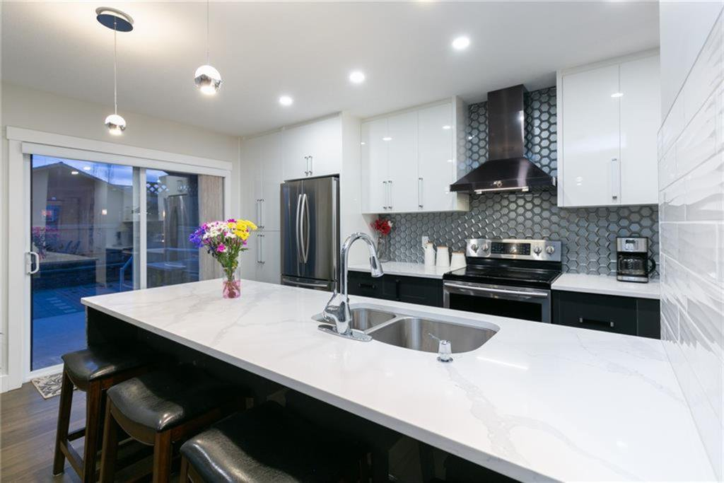 Photo 8: Photos: 339 Bridlemeadows Common SW in Calgary: Bridlewood Detached for sale : MLS®# A1040333