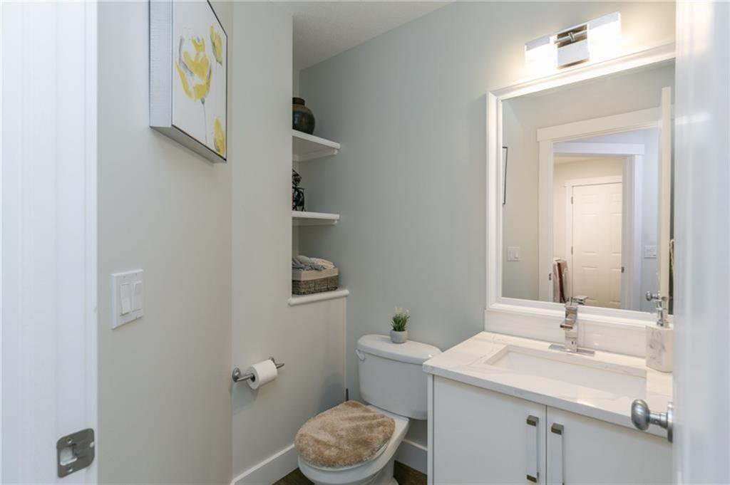 Photo 3: Photos: 339 Bridlemeadows Common SW in Calgary: Bridlewood Detached for sale : MLS®# A1040333