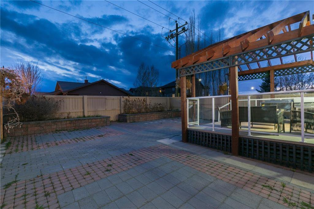 Photo 15: Photos: 339 Bridlemeadows Common SW in Calgary: Bridlewood Detached for sale : MLS®# A1040333