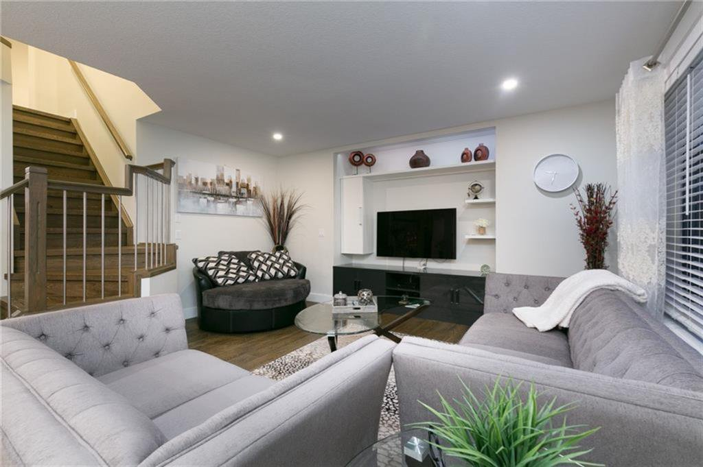 Photo 5: Photos: 339 Bridlemeadows Common SW in Calgary: Bridlewood Detached for sale : MLS®# A1040333