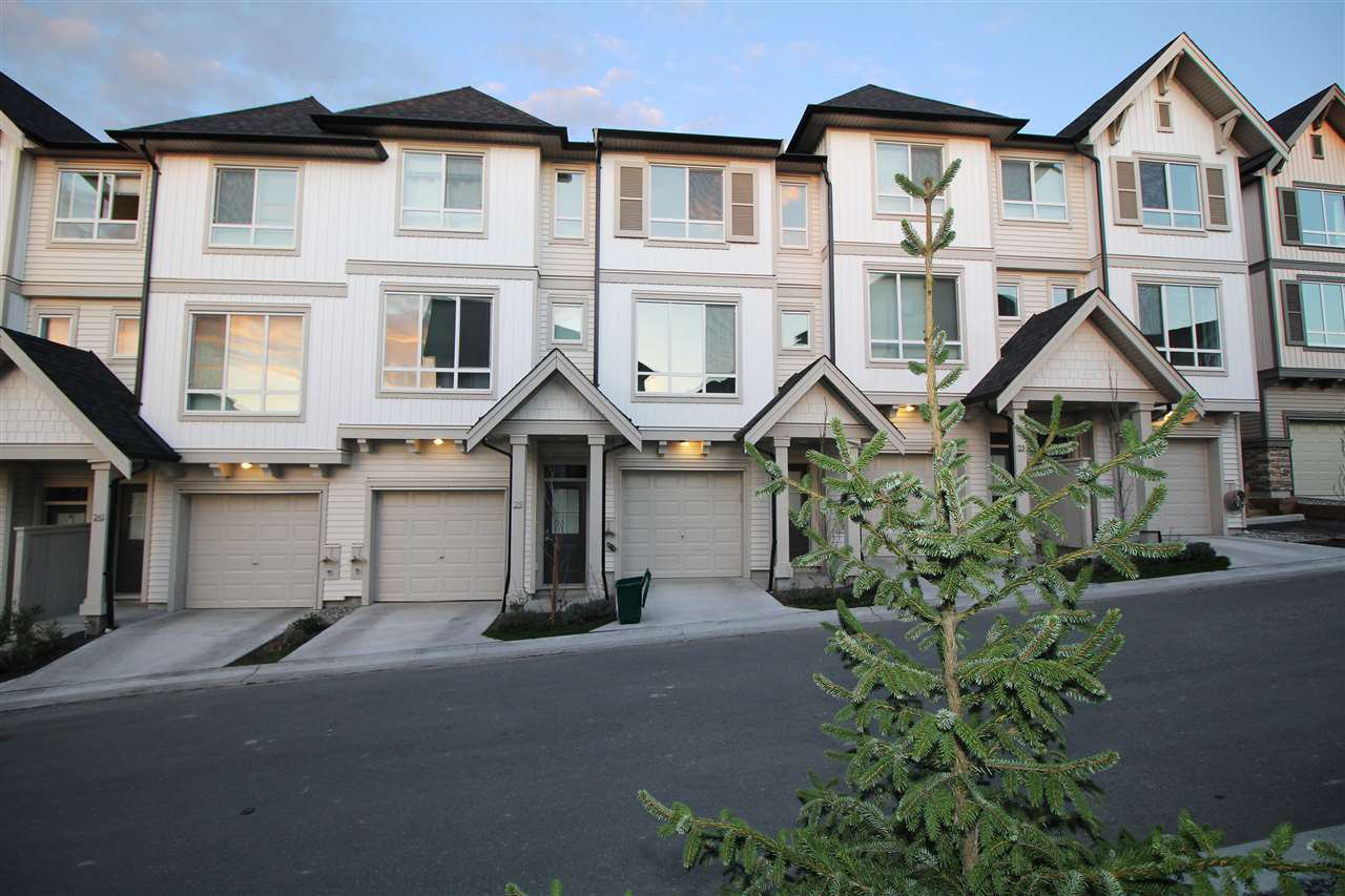 "Main Photo: 23 30930 WESTRIDGE Place in Abbotsford: Abbotsford West Townhouse for sale in ""BRISTOL HEIGHTS"" : MLS®# R2508727"
