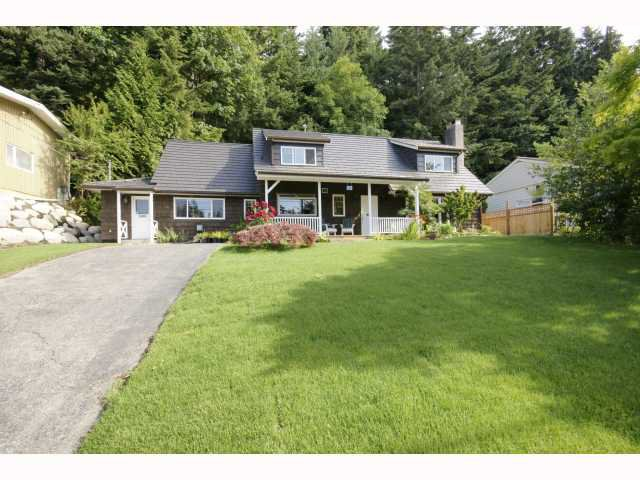 """Main Photo: 5764 CRANLEY Drive in West Vancouver: Eagle Harbour House for sale in """"Eagle Harbour"""" : MLS®# V792723"""