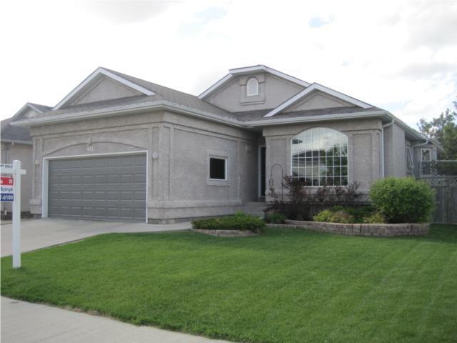 Main Photo: 673 SCURFIELD Boulevard in WINNIPEG: Fort Garry / Whyte Ridge / St Norbert Residential for sale (South Winnipeg)  : MLS®# 1011221