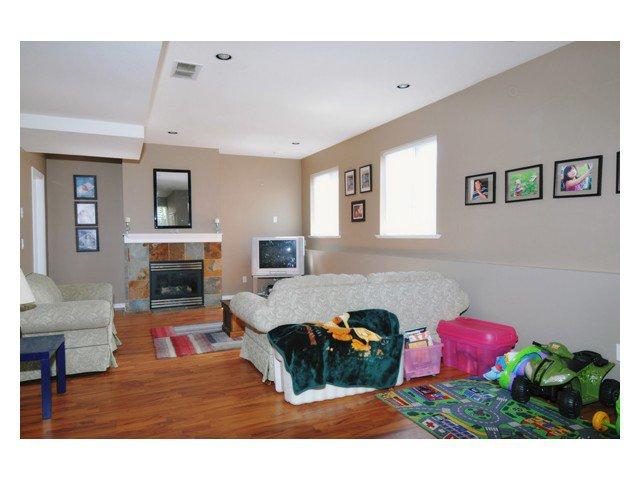 "Photo 7: Photos: 23708 ROCK RIDGE Drive in Maple Ridge: Silver Valley House for sale in ""ROCKRIDGE ESTATES"" : MLS®# V854712"