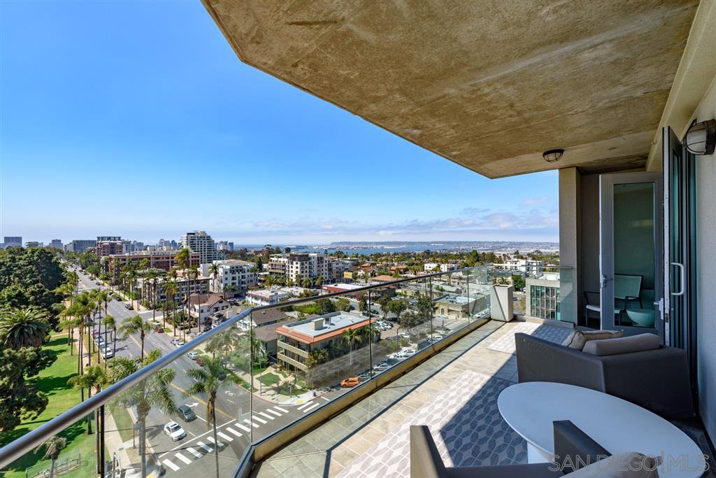 Main Photo: HILLCREST Condo for sale : 2 bedrooms : 3415 6th #11 in San Diego