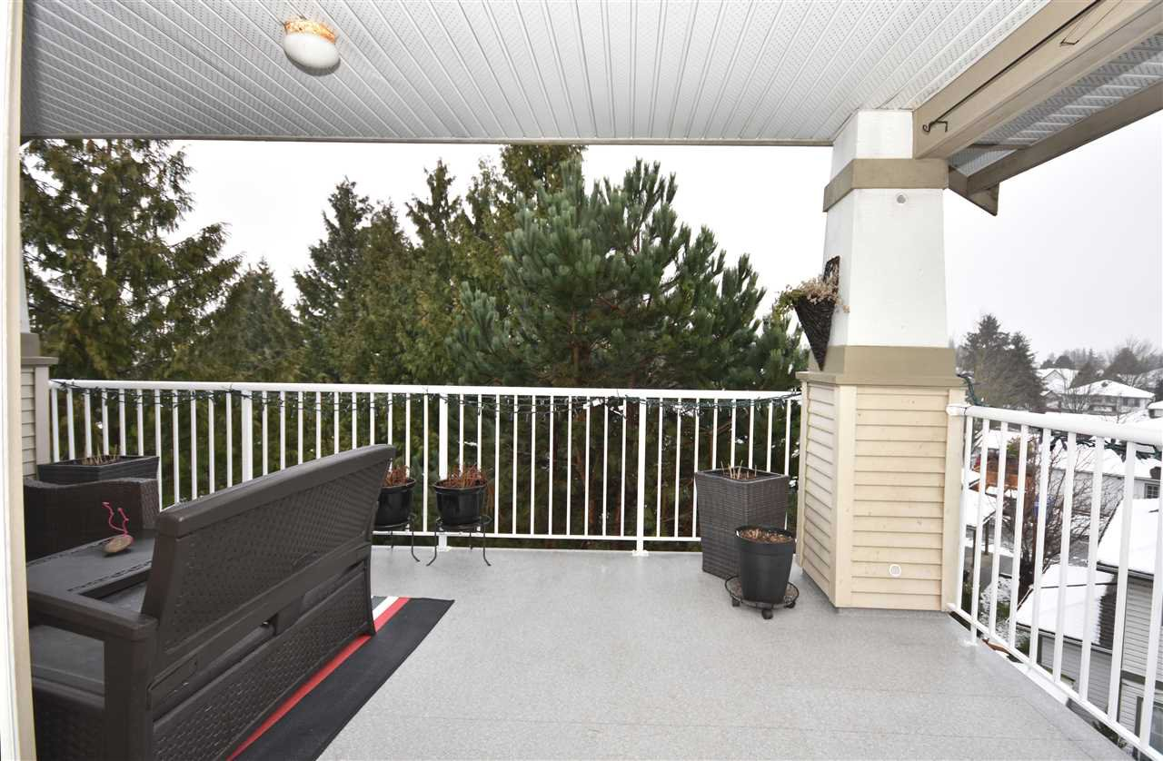 "Photo 19: Photos: 315 4770 52A Street in Delta: Delta Manor Condo for sale in ""WESTHAM LANE"" (Ladner)  : MLS®# R2434441"