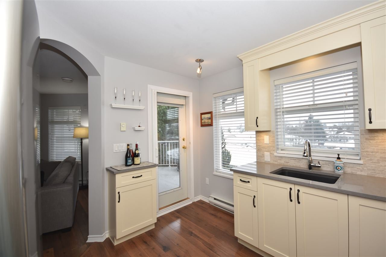 "Photo 10: Photos: 315 4770 52A Street in Delta: Delta Manor Condo for sale in ""WESTHAM LANE"" (Ladner)  : MLS®# R2434441"