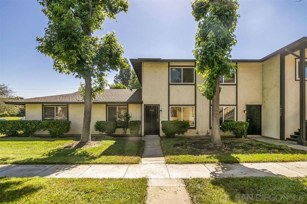 Main Photo: SANTEE Condo for sale : 2 bedrooms : 10321 Carefree Dr.