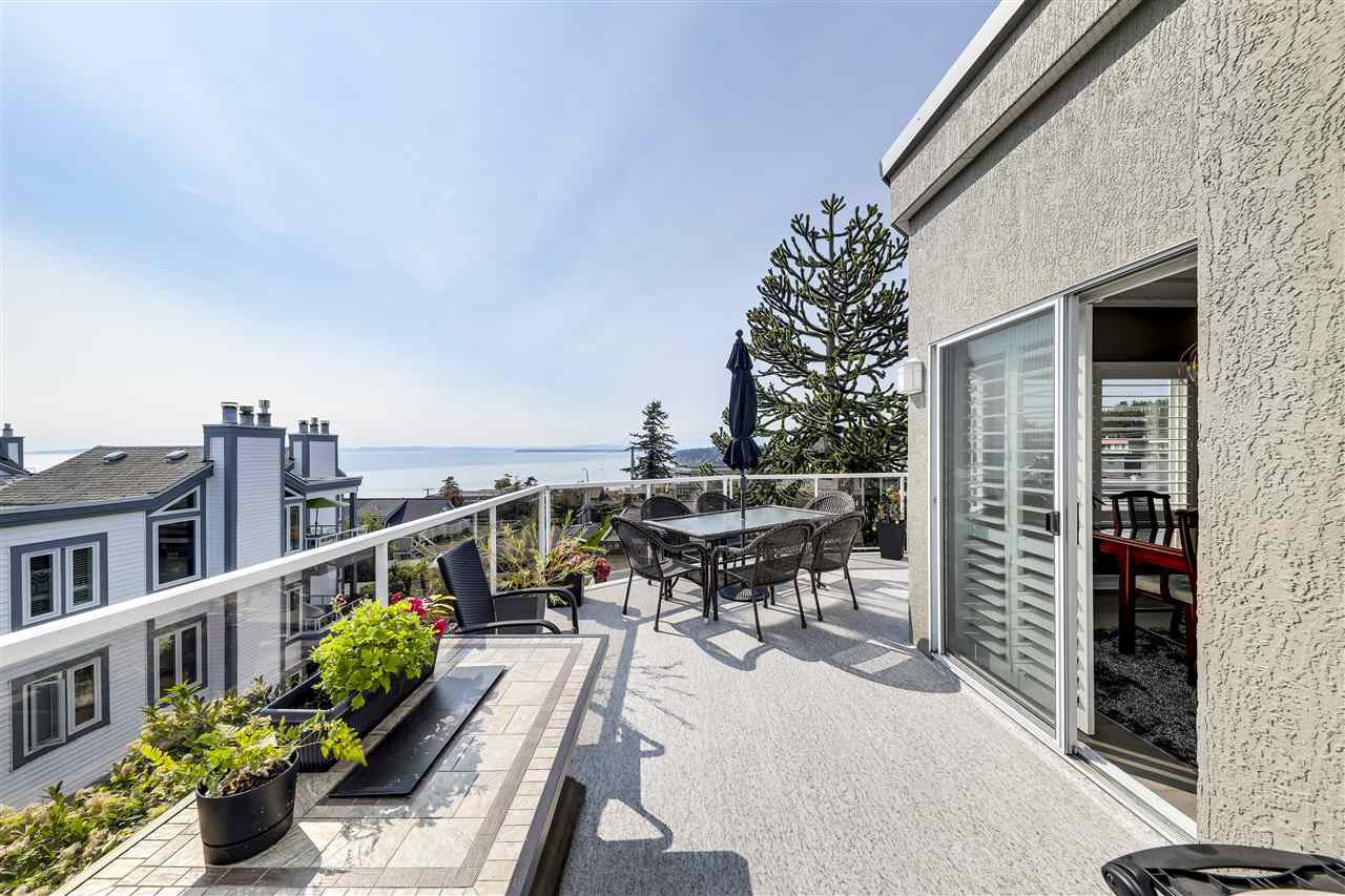 "Main Photo: 302 15130 PROSPECT Avenue: White Rock Condo for sale in ""SUMMIT VIEW"" (South Surrey White Rock)  : MLS®# R2495212"