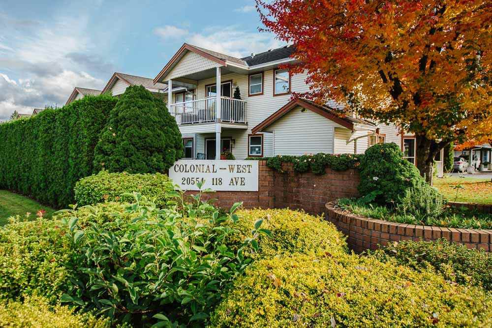 "Main Photo: 80 20554 118 Avenue in Maple Ridge: Southwest Maple Ridge Townhouse for sale in ""COLONIAL WEST"" : MLS®# R2511753"