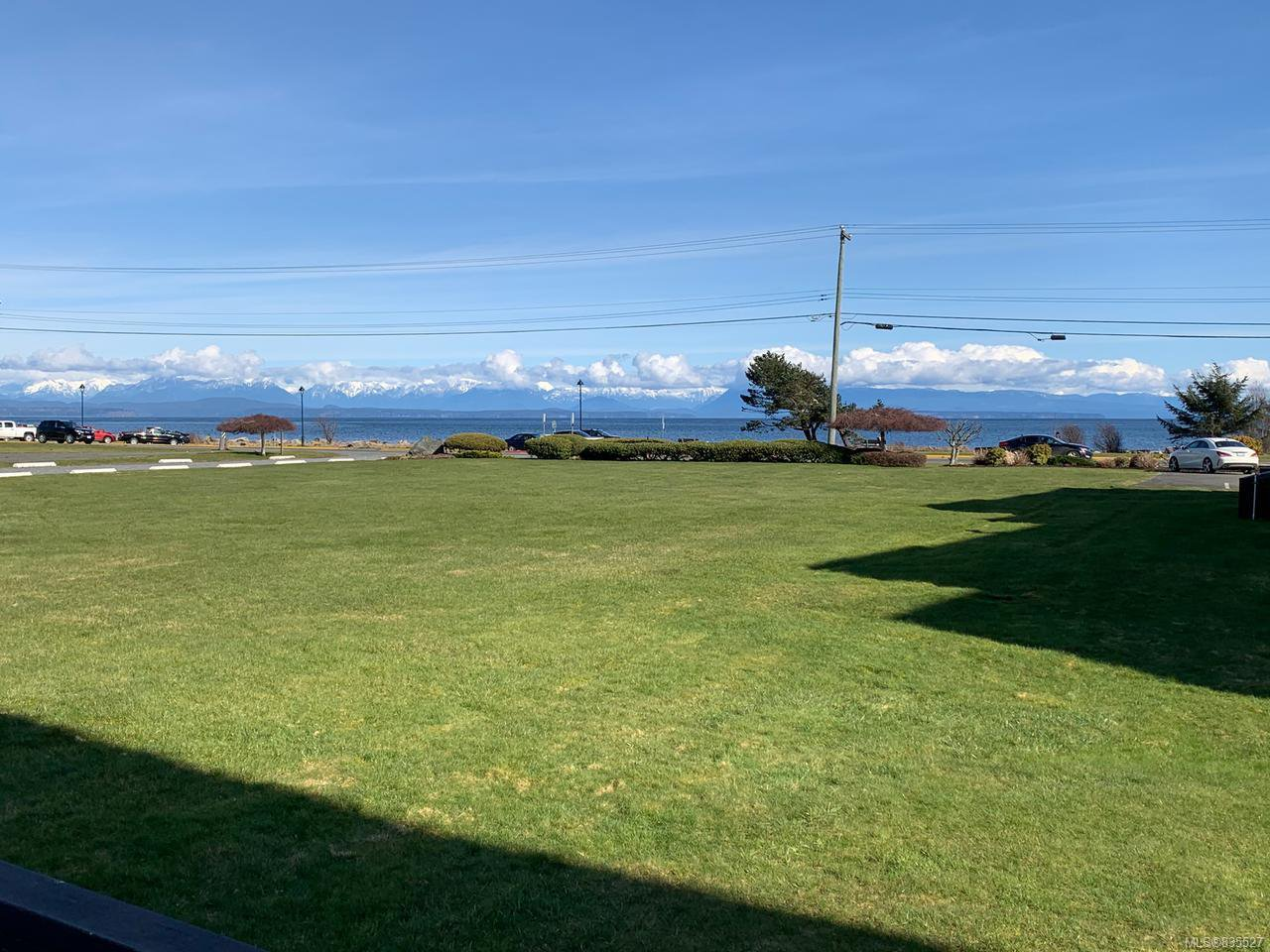 Main Photo: 201 2740 S ISLAND S Highway in CAMPBELL RIVER: CR Willow Point Condo for sale (Campbell River)  : MLS®# 835527