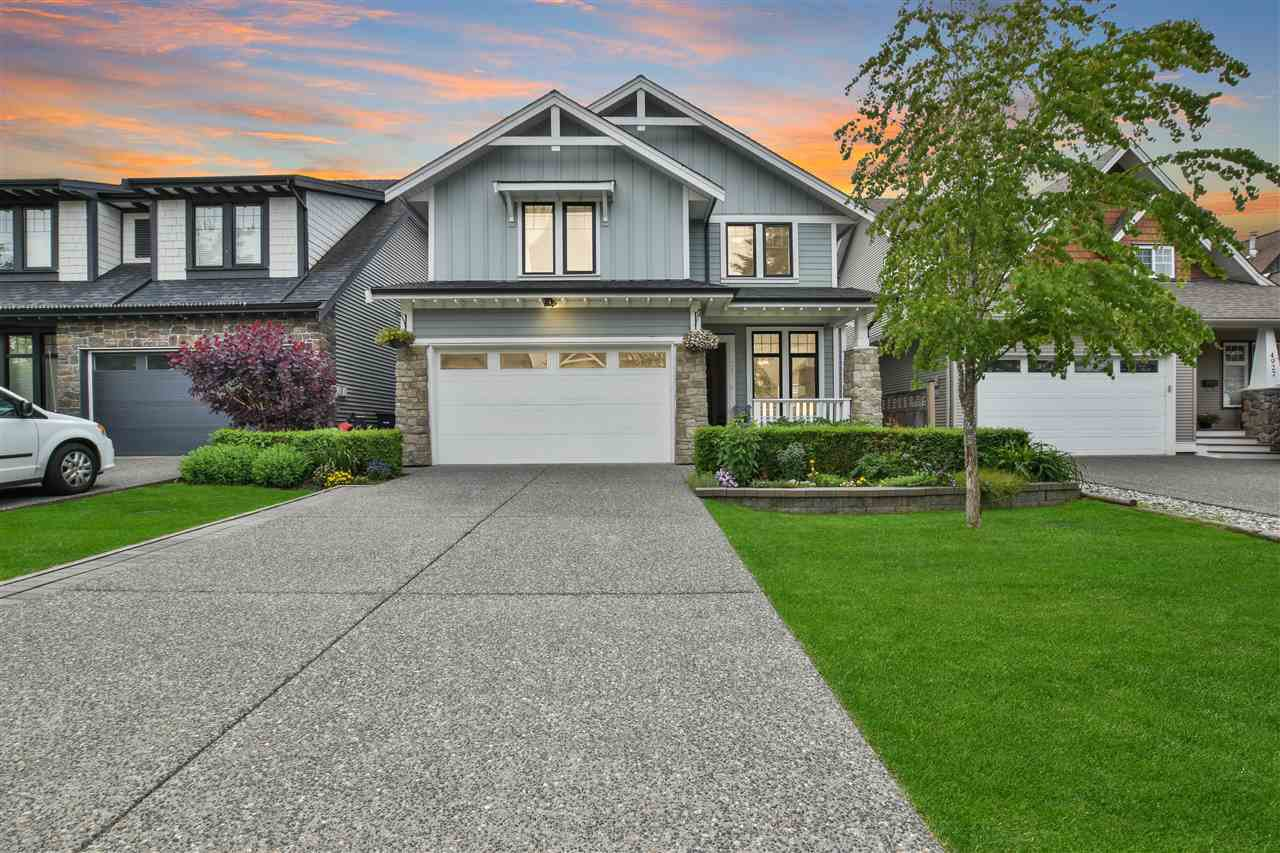Main Photo: 4921 223B Street in Langley: Murrayville House for sale : MLS®# R2460536