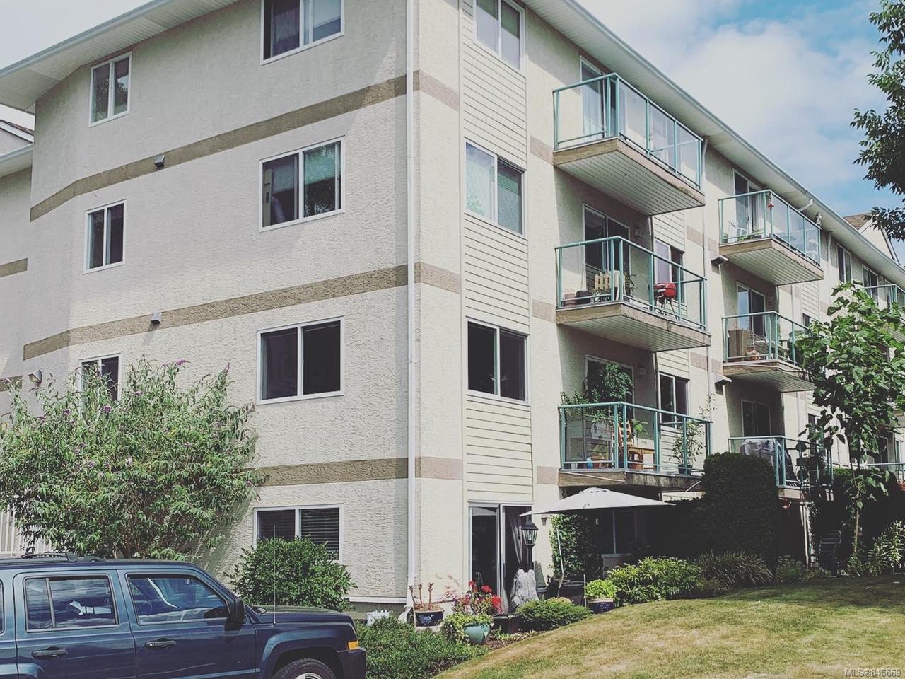Main Photo: 405 1355 Cumberland Rd in COURTENAY: CV Courtenay City Condo for sale (Comox Valley)  : MLS®# 845669