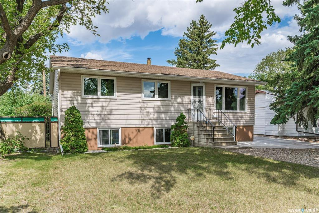 Main Photo: 114 105th Street West in Saskatoon: Sutherland Residential for sale : MLS®# SK822074