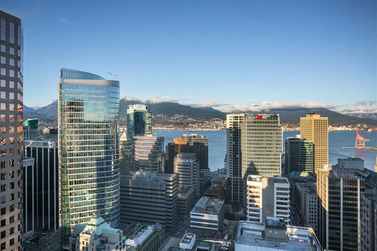 """Main Photo: 3202 667 HOWE Street in Vancouver: Downtown VW Condo for sale in """"Private Residences at Hotel Georgia"""" (Vancouver West)  : MLS®# R2494378"""