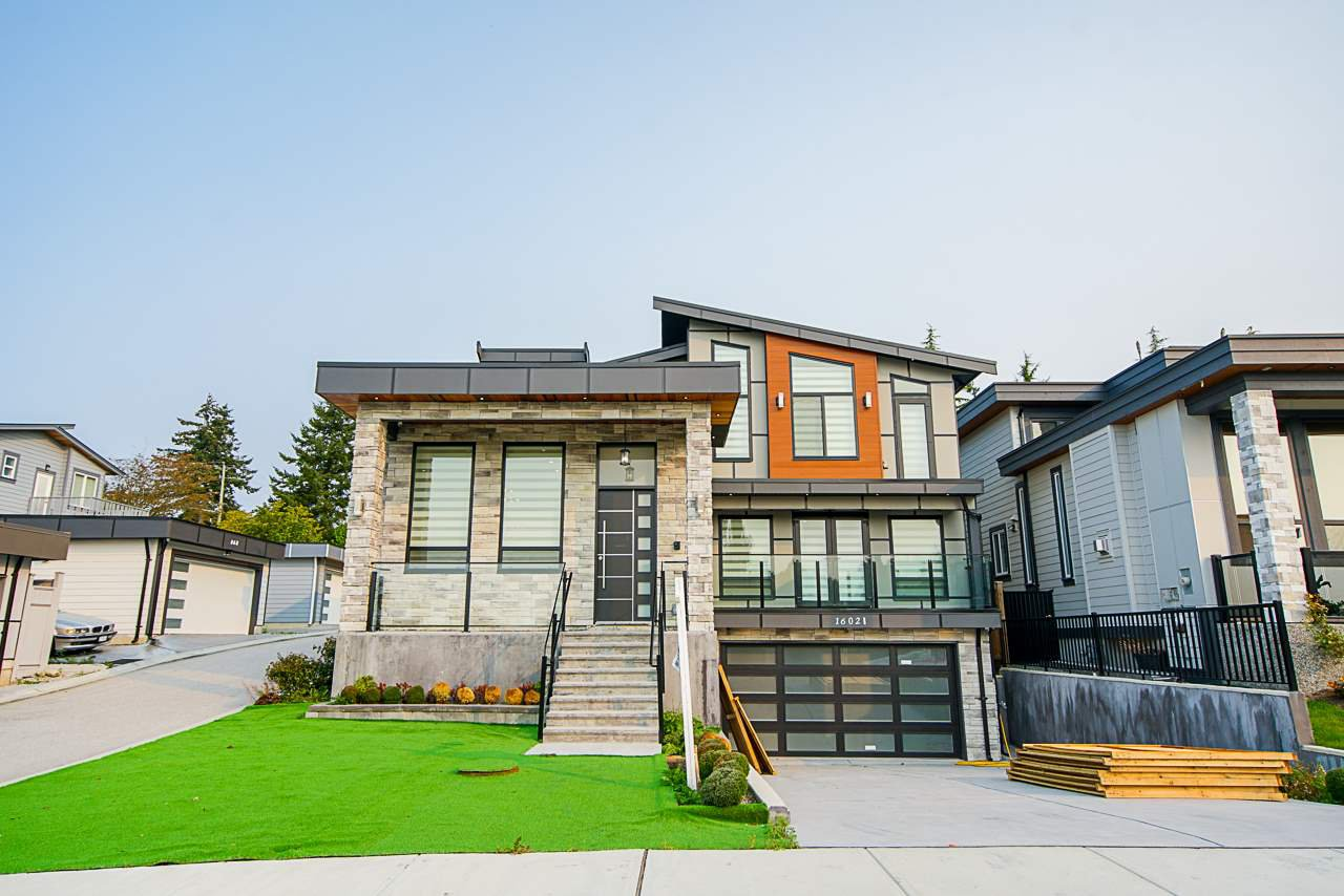 Main Photo: 16021 8A Avenue in Surrey: King George Corridor House for sale (South Surrey White Rock)  : MLS®# R2502769