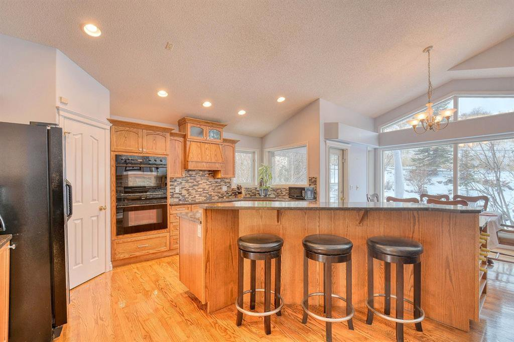 Photo 8: Photos: 347 Patterson Boulevard SW in Calgary: Patterson Detached for sale : MLS®# A1049515