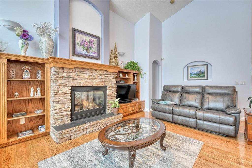 Photo 14: Photos: 347 Patterson Boulevard SW in Calgary: Patterson Detached for sale : MLS®# A1049515