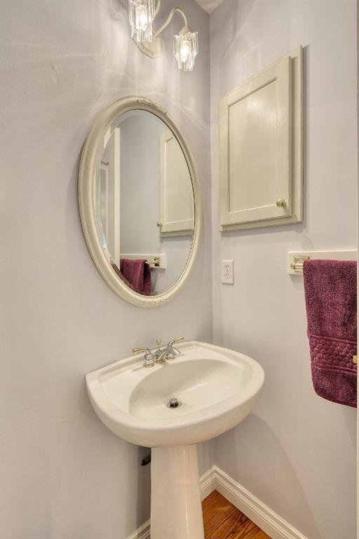 Photo 18: Photos: 347 Patterson Boulevard SW in Calgary: Patterson Detached for sale : MLS®# A1049515