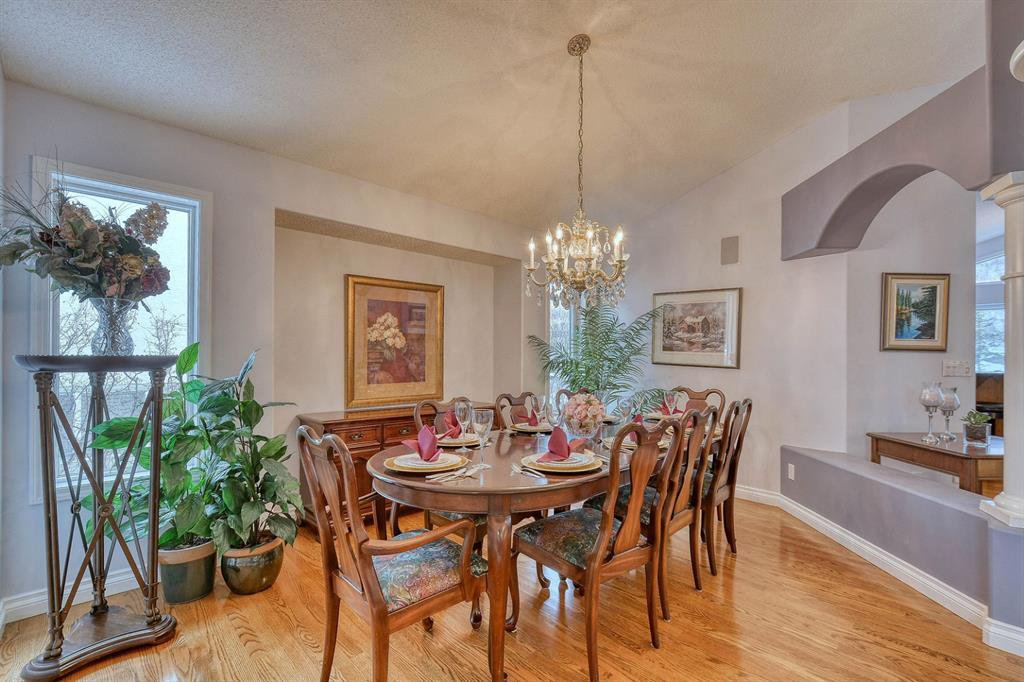 Photo 10: Photos: 347 Patterson Boulevard SW in Calgary: Patterson Detached for sale : MLS®# A1049515