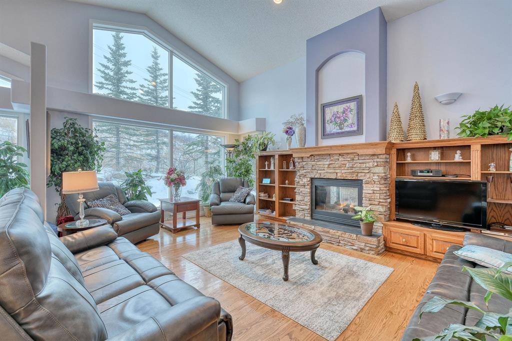 Photo 15: Photos: 347 Patterson Boulevard SW in Calgary: Patterson Detached for sale : MLS®# A1049515