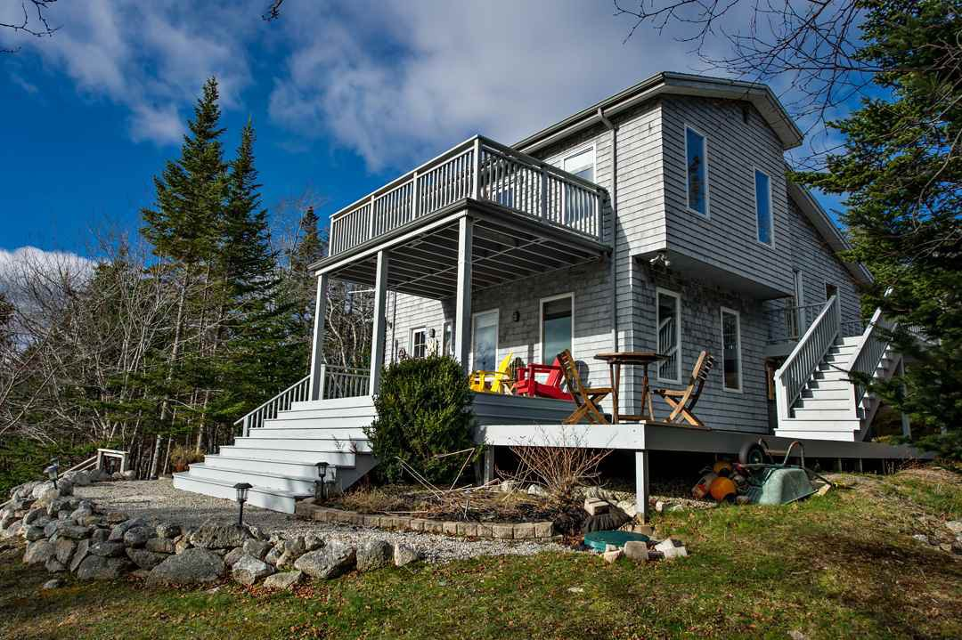Main Photo: 139 Southwest Cove Road in Northwest Cove: 405-Lunenburg County Residential for sale (South Shore)  : MLS®# 202025447