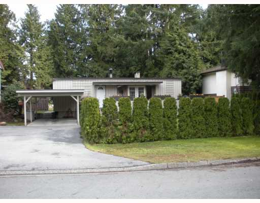"Main Photo: 2796 WILLIAM Avenue in North_Vancouver: Lynn Valley House for sale in ""LYNN VALLEY"" (North Vancouver)  : MLS®# V758963"