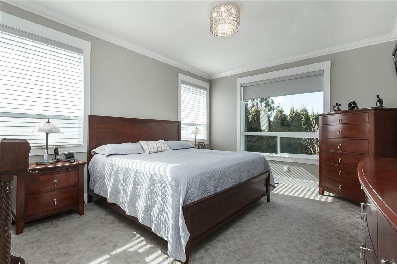 Photo 11: Photos: 4927 215 Street in Langley: Murrayville House for sale : MLS®# R2443426