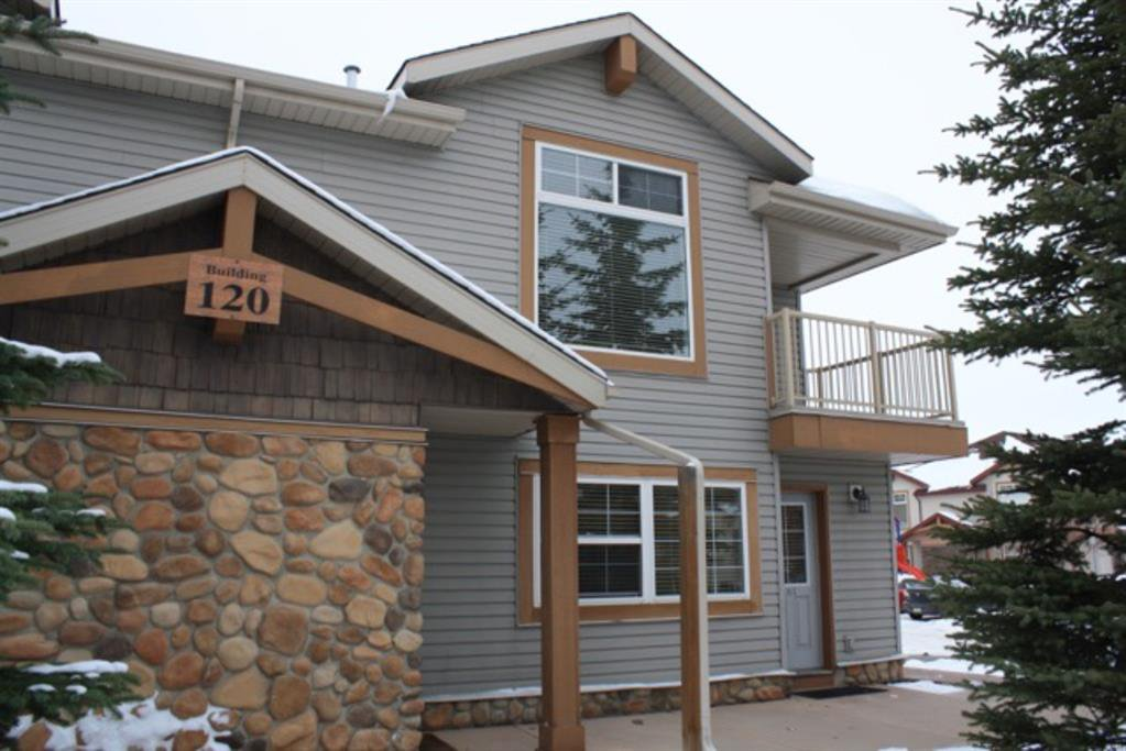 Main Photo: 201 120 PANATELLA Landing NW in Calgary: Panorama Hills Row/Townhouse for sale : MLS®# A1056456
