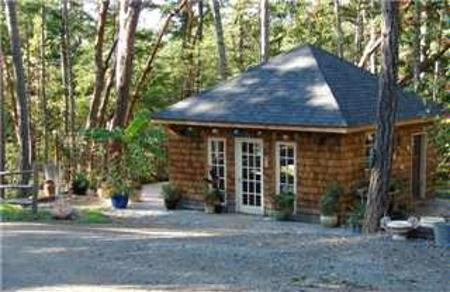 Photo 13: Photos: 107 Collins Road: Residential Detached for sale (Saltspring Island)  : MLS®# 233043