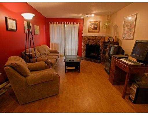 Photo 4: Photos: 212 520 COTTONWOOD AV in Coquitlam: Coquitlam West Condo for sale : MLS®# V580571