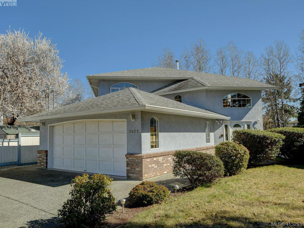 Main Photo: 9477 Maryland Drive in SIDNEY: Si Sidney South-East Single Family Detached for sale (Sidney)  : MLS®# 415293