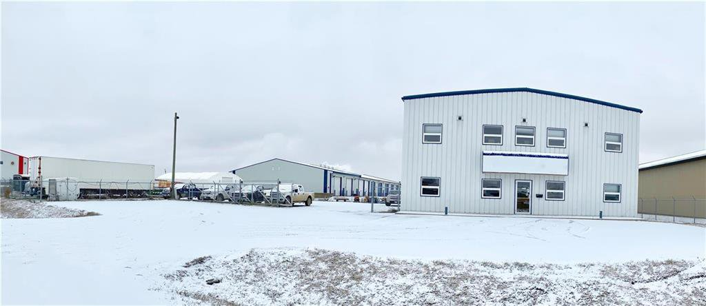Main Photo: 140 Industrial Drive in Brandon: Industrial / Commercial / Investment for sale (C18)  : MLS®# 1931159