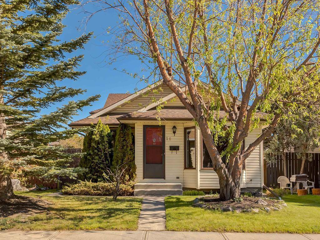 Main Photo: 16 RIVERVALLEY Crescent SE in Calgary: Riverbend Detached for sale : MLS®# C4298006