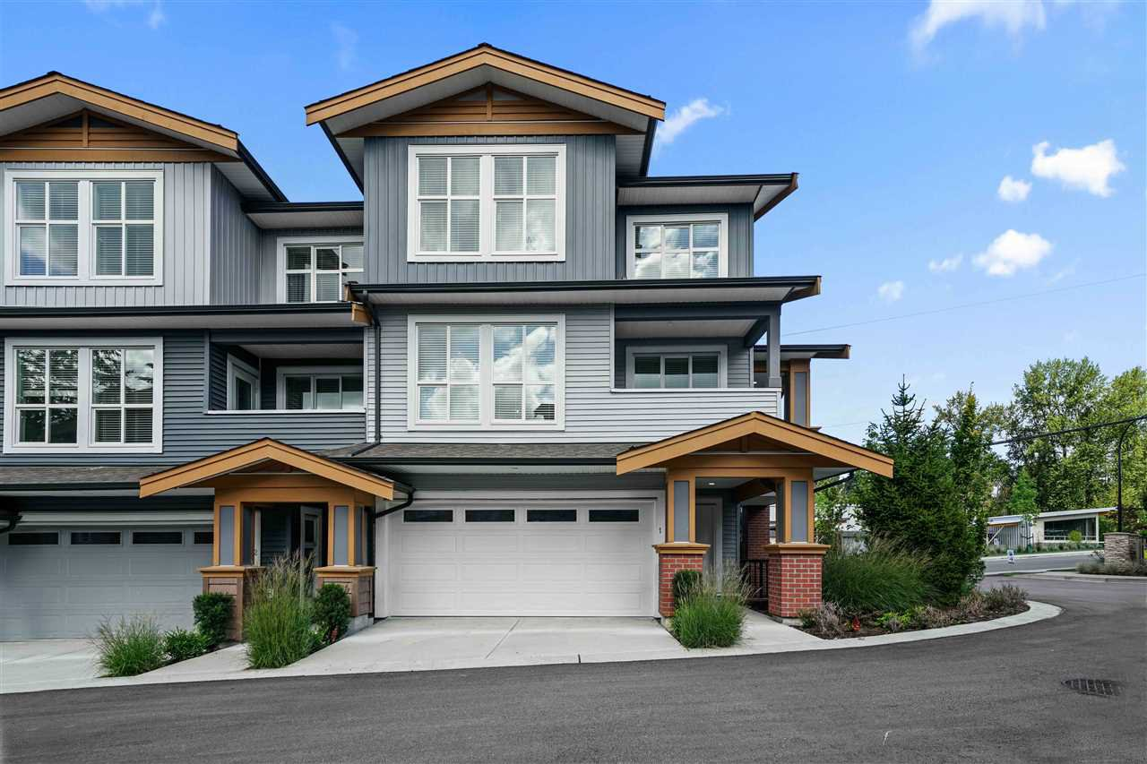 """Main Photo: 1 24086 104 Avenue in Maple Ridge: Albion Townhouse for sale in """"Willow"""" : MLS®# R2493226"""