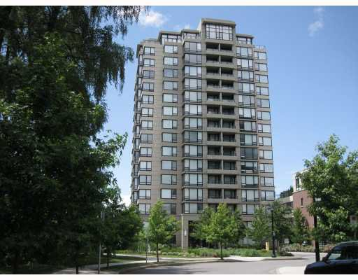 Main Photo: 1801 9188 HEMLOCK Drive in Richmond: McLennan North Condo for sale : MLS®# V773839