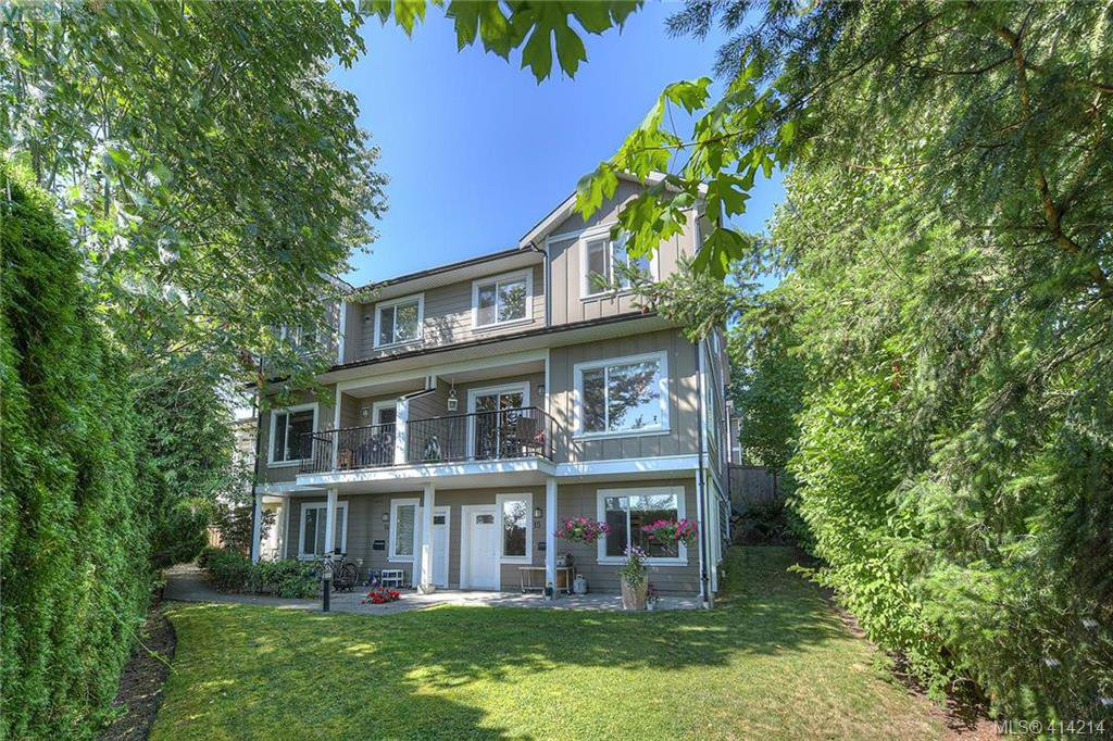 Main Photo: 11 6961 East Saanich Road in SAANICHTON: CS Tanner Row/Townhouse for sale (Central Saanich)  : MLS®# 414214