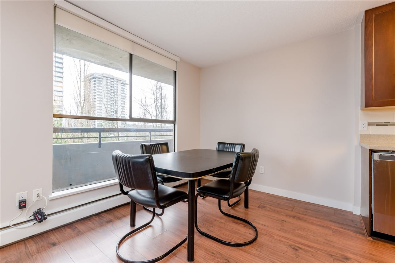 Photo 8: Photos: 703 3737 BARTLETT Court in Burnaby: Sullivan Heights Condo for sale (Burnaby North)  : MLS®# R2427843