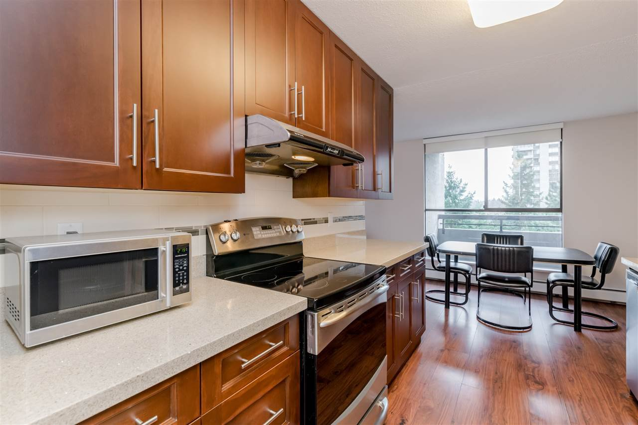 Photo 6: Photos: 703 3737 BARTLETT Court in Burnaby: Sullivan Heights Condo for sale (Burnaby North)  : MLS®# R2427843