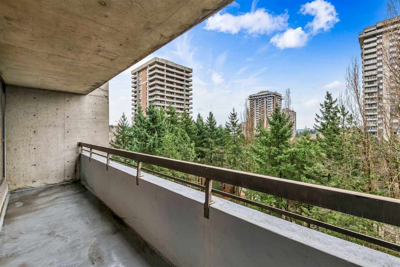 Photo 11: Photos: 703 3737 BARTLETT Court in Burnaby: Sullivan Heights Condo for sale (Burnaby North)  : MLS®# R2427843