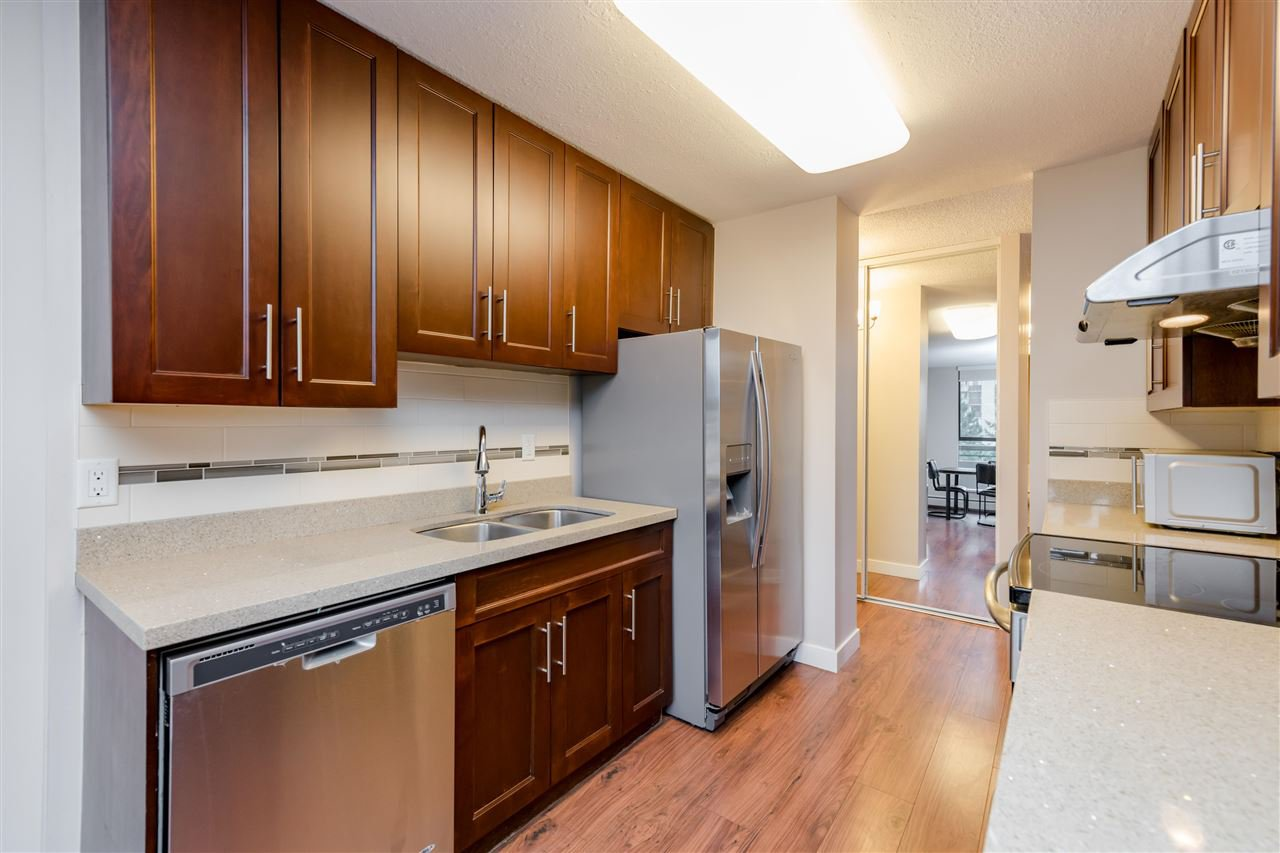 Photo 7: Photos: 703 3737 BARTLETT Court in Burnaby: Sullivan Heights Condo for sale (Burnaby North)  : MLS®# R2427843