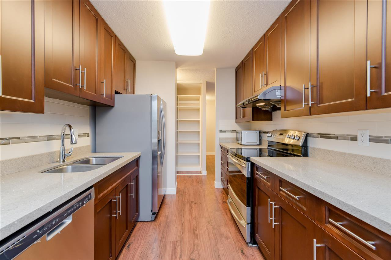 Photo 5: Photos: 703 3737 BARTLETT Court in Burnaby: Sullivan Heights Condo for sale (Burnaby North)  : MLS®# R2427843