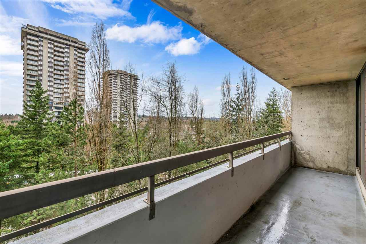 Photo 12: Photos: 703 3737 BARTLETT Court in Burnaby: Sullivan Heights Condo for sale (Burnaby North)  : MLS®# R2427843