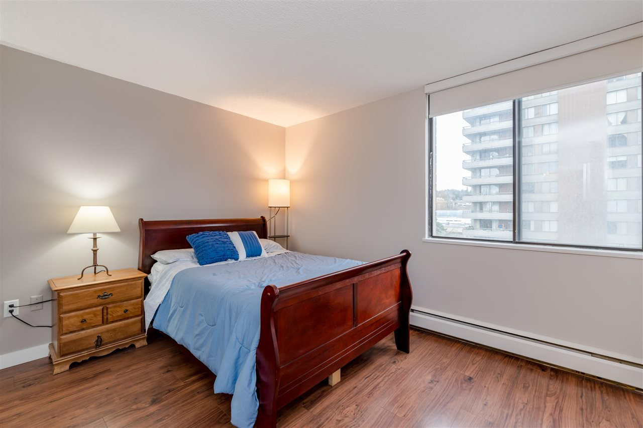 Photo 13: Photos: 703 3737 BARTLETT Court in Burnaby: Sullivan Heights Condo for sale (Burnaby North)  : MLS®# R2427843