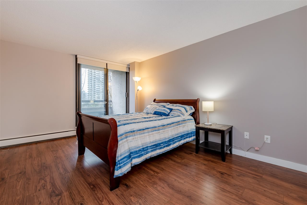 Photo 9: Photos: 703 3737 BARTLETT Court in Burnaby: Sullivan Heights Condo for sale (Burnaby North)  : MLS®# R2427843