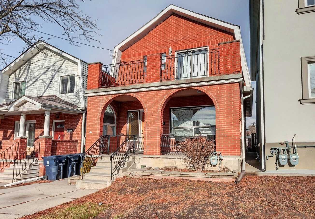Main Photo: 36 Rowntree Avenue in Toronto: Weston-Pellam Park House (2-Storey) for sale (Toronto W03)  : MLS®# W4673339