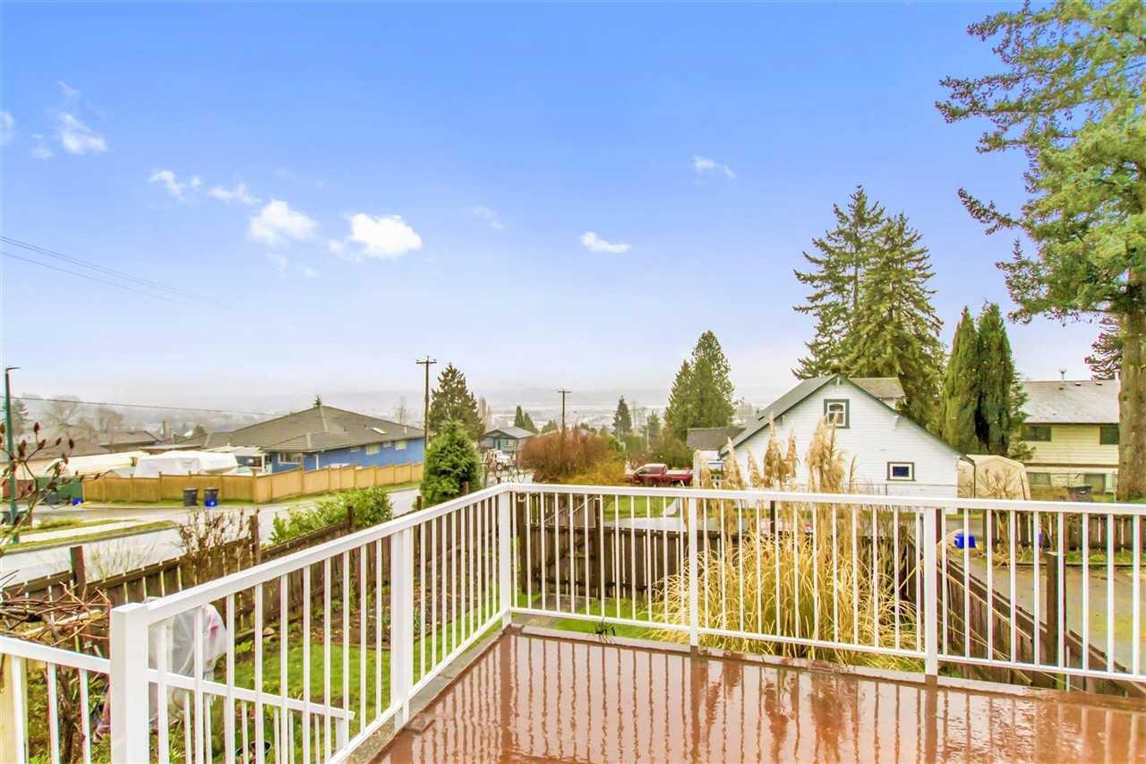 Photo 5: Photos: 1028 DELESTRE Avenue in Coquitlam: Maillardville 1/2 Duplex for sale : MLS®# R2441710