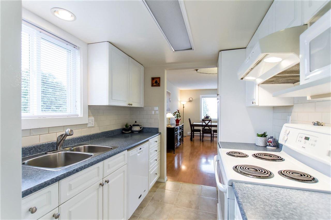 Photo 9: Photos: 1028 DELESTRE Avenue in Coquitlam: Maillardville 1/2 Duplex for sale : MLS®# R2441710