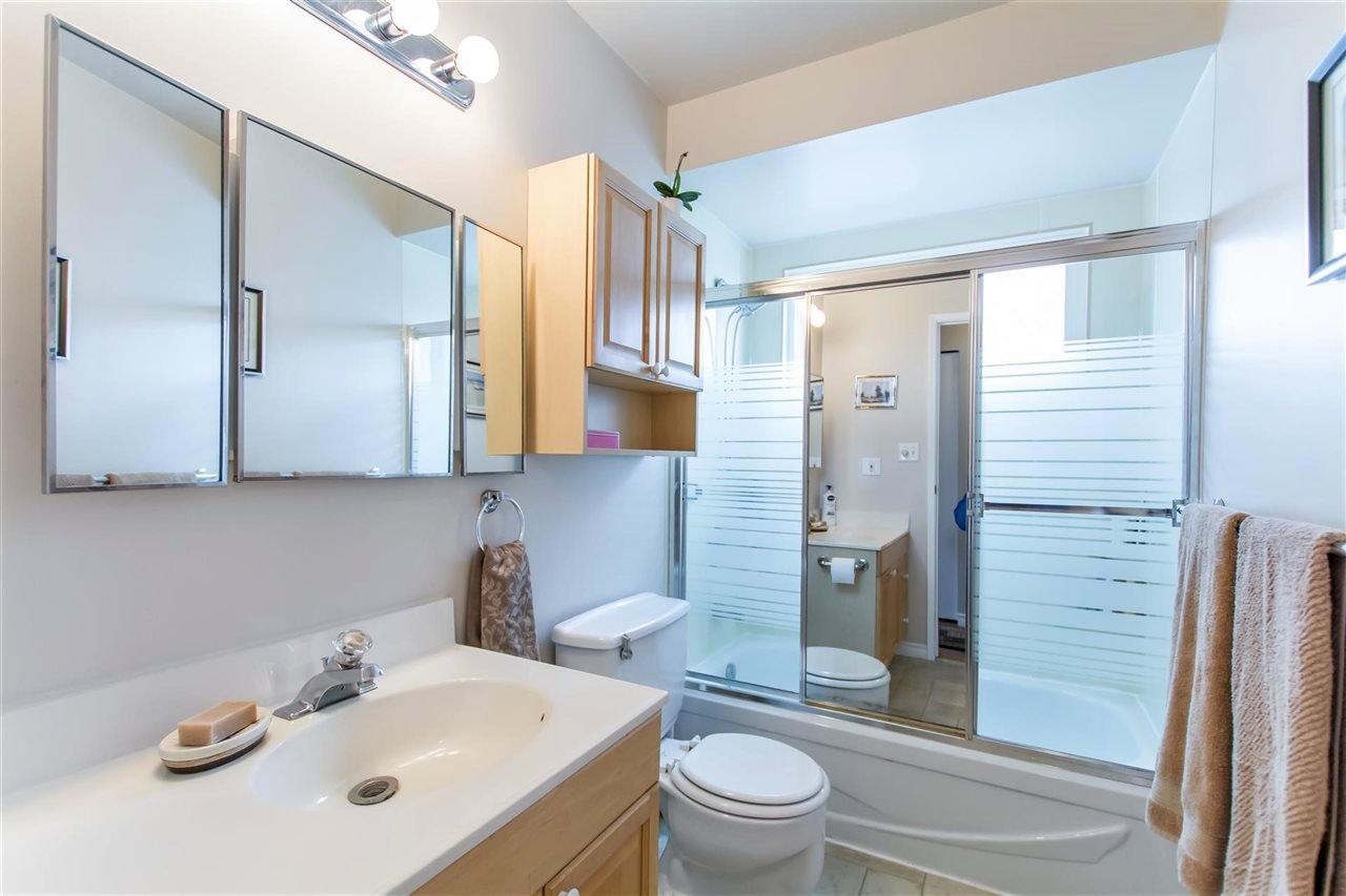 Photo 17: Photos: 1028 DELESTRE Avenue in Coquitlam: Maillardville 1/2 Duplex for sale : MLS®# R2441710